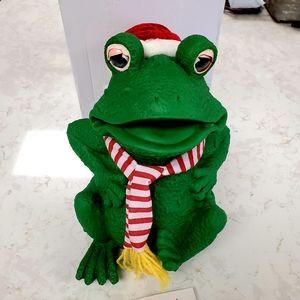 NIB 🎄🐸 Super CUTE Animated Christmas Frog